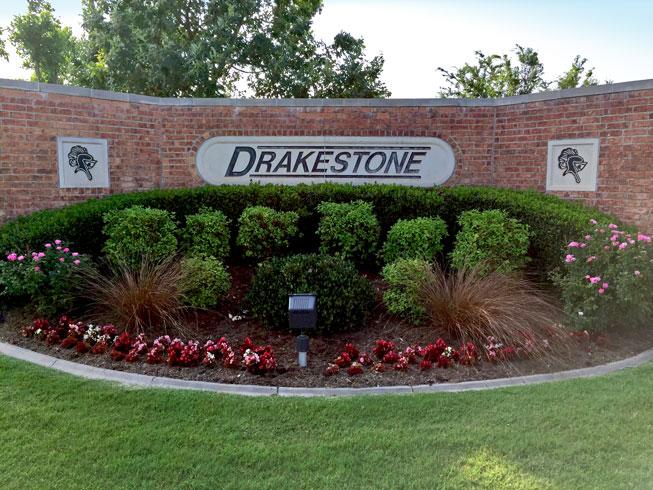Drakestone's Neighbors Night Out2018
